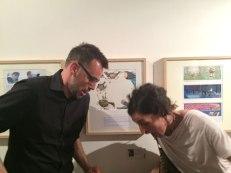 Accident amb copa de cava amb la Núria Feijoó, un moment molt divertit. El dibuix de la Núria, excel·lent!